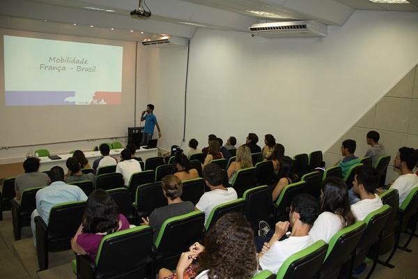 Secretaria de Relações Internacionais da Unifei Apresenta Experiências de Mobilidade Acadêmica Do Programa Ciência Sem Fronteiras