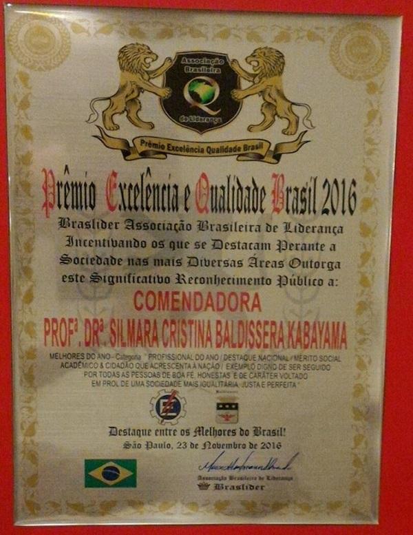 Professora da Unifei Recebe Prêmio de Excelência e Qualidade Brasil 2016