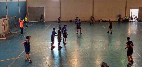O time de handebol masculino também representou a Unifei na competição em Uberlândia, ficando em sétimo lugar.